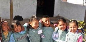 niños escuela mexico t2o media